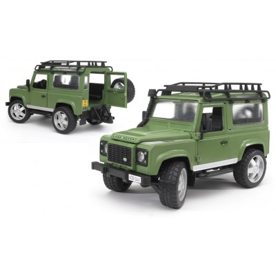 Bruder Land Rover Defender Station Wagon