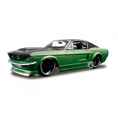 Maisto 1/24 Ford Mustang Gt 1967 Design (Kit)